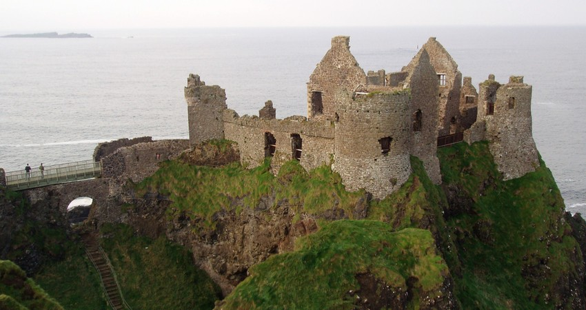 dunluce-castle-game-of-thrones-bitcoin
