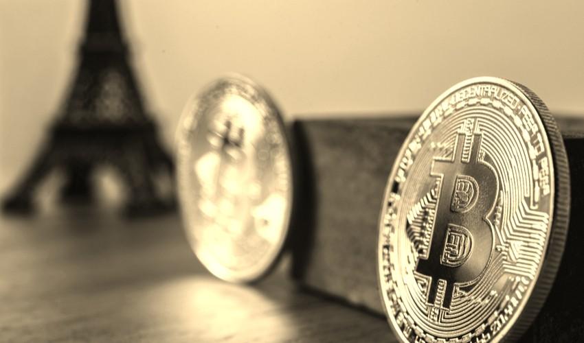 tour-eiffel-bitcoin-tax